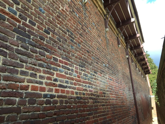 4R Building Limited - Hampton Court - The Real Tennis Courts